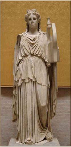 Древнегреческая статуя богини